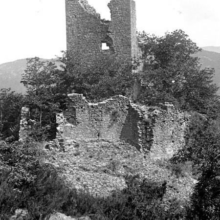Esterno del Castello di Olivola 1906
