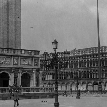 Piazza San Marco Venezia 1912