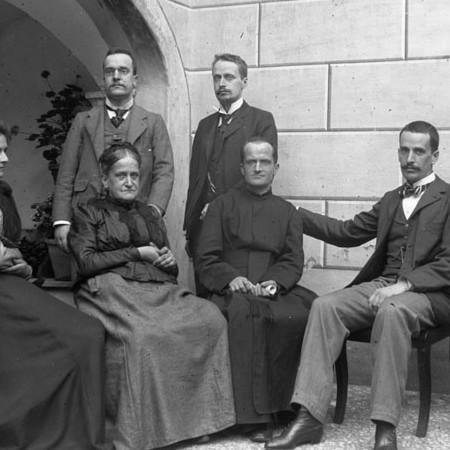 Gruppo di famiglia, Casa Bellegotti 1901