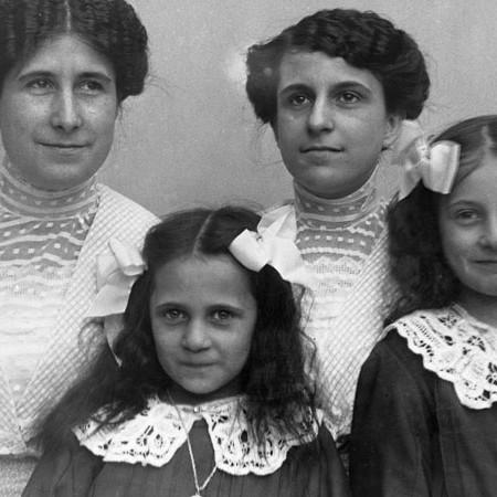 Enrica, Antonietta, Luisina e Lina Bellegotti 1912