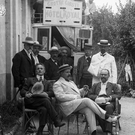 Gruppo di gitanti alla Grotta Giusti 1904