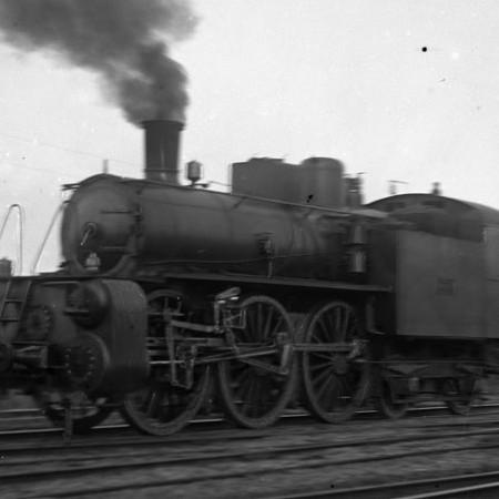 Locomotiva R.A.